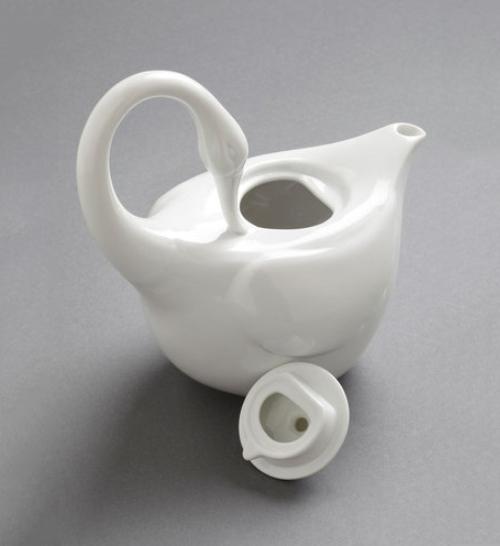 白鳥型ティーポット Swans Upon a Time Tea Pot