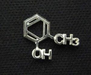 化学式ピアス(構造式デザインピアス)