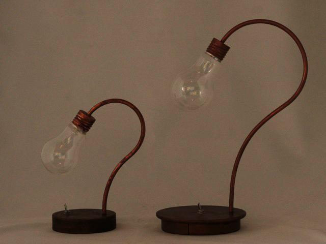 bulb terrarium 大小