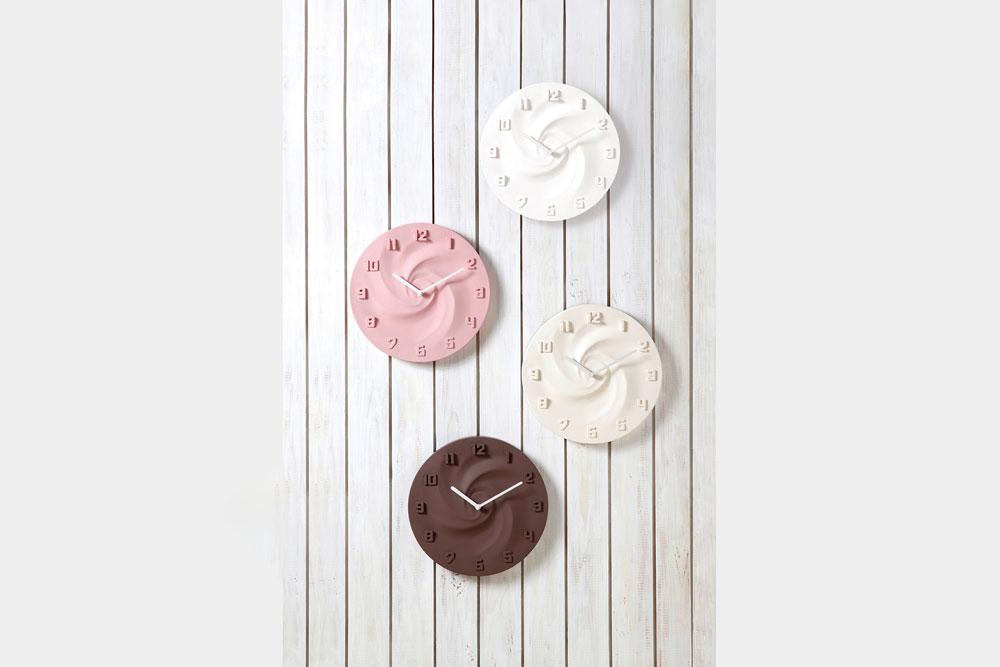 壁掛け時計CREAM(クリーム)は全部で4色