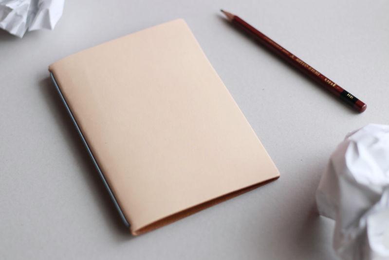 裏紙ノート生成り