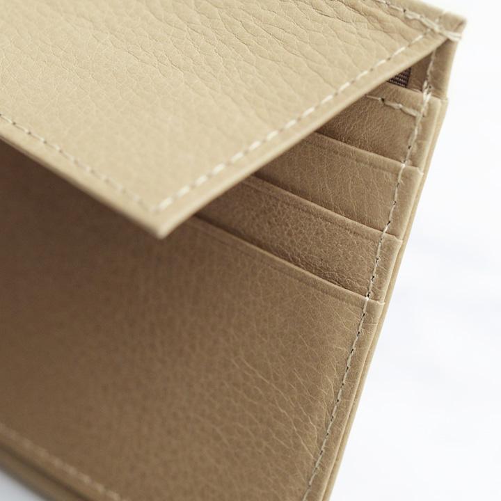 INTRODUCTION 超薄型長財布財布 フラップ