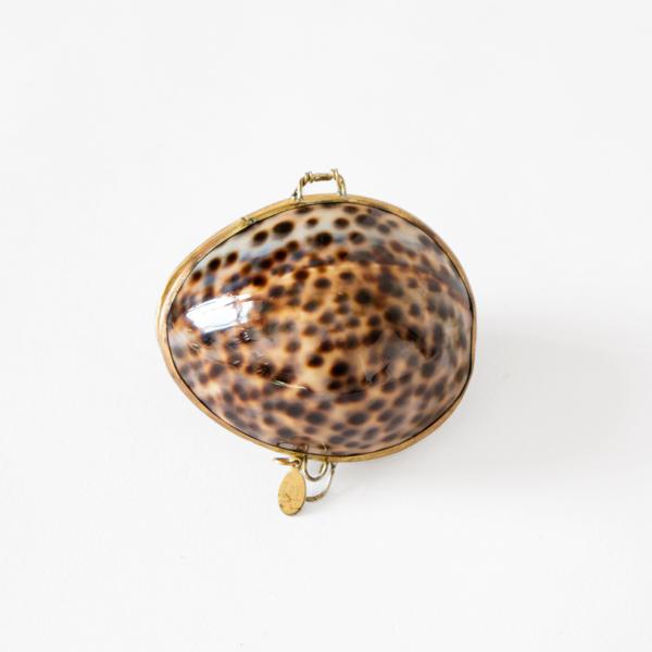 ルーツローズラディッシュ 貝殻の練り香水 ジャスミン&クラリセージ