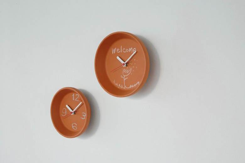 チャンバーオーケストラ テラコッタの時計