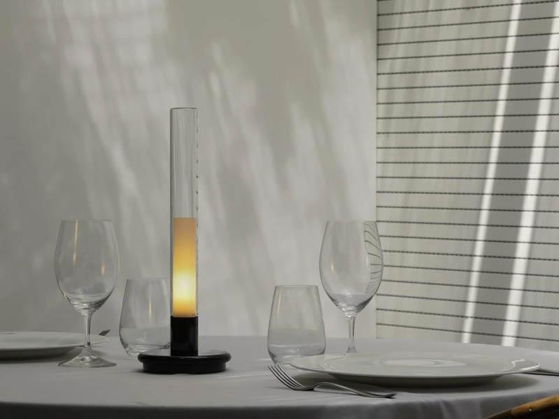 Sylvestrina(シルヴェストリナ)テーブルランプ